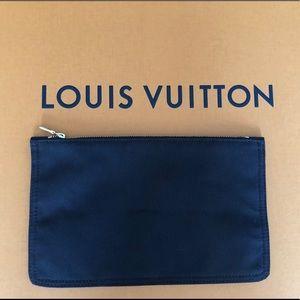 Louis Vuitton Bags - Louis Vuitton brown cotton bag insert nwot